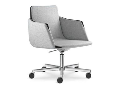 Height-adjustable task chair with 5-Spoke base with casters HARMONY | Task chair with armrests