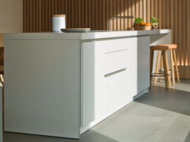 Linear fitted kitchen B1 | Lacquered kitchen