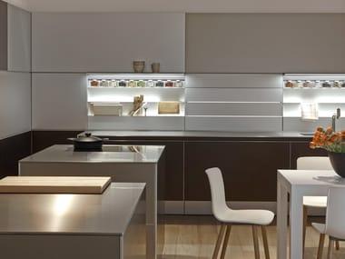 Linear aluminium fitted kitchen without handles B3 | Aluminium kitchen