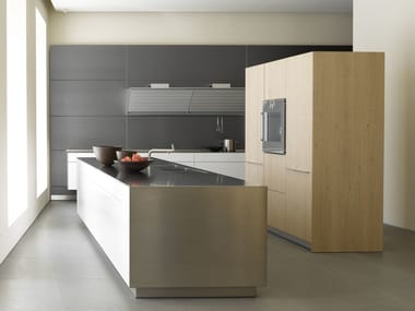 Lacquered kitchen with island B3 | Oak kitchen