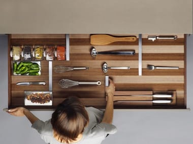 Wooden drawers divider B3 INTERIOR SYSTEM | Walnut drawers divider