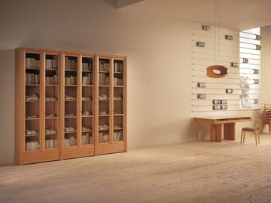 Wood and glass bookcase BIBLIOTECA | Bookcase