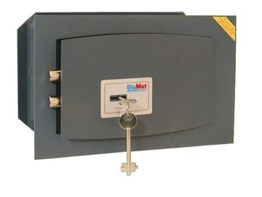Cassaforte a muro serratura a chiave SERIE 800