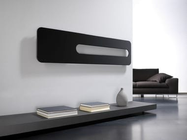 Wall-mounted carbon steel decorative radiator BADGE OR