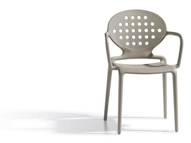 Medallion stackable chair with armrests COLETTE | Chair with armrests