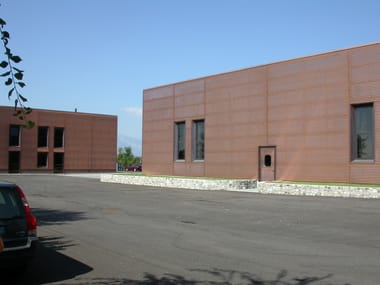Continuous facade system ONDUL 18