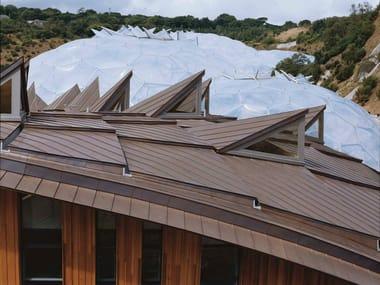 Metal sheet and panel for roof Sistema di rivestimento per tetti