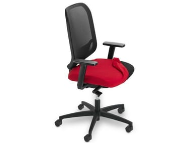 Task chair with 5-Spoke base with armrests INVICTA POINT | Task chair