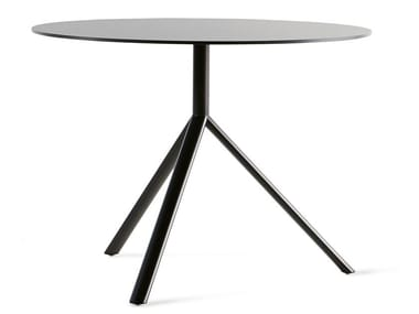 Folding round table MIURA | Round table