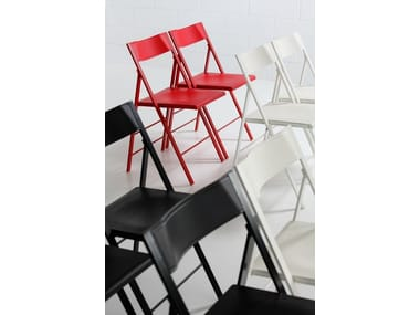 Folding Chair With Footrest POCKET COLOURED PLASTIC