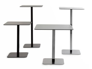 Square steel table VOILÀ | Square table