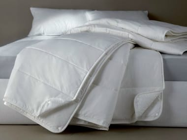 Solid-color polyester duvet DEMASOFT IGNIFUGO