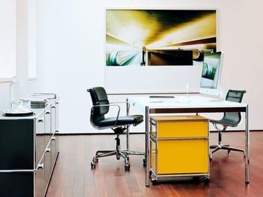 Rectangular wood veneer executive desk USM HALLER INDIVIDUAL WORKSTATION TABLE   Height-adjustable office desk