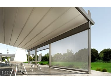 Box roller blind with guide system STAL