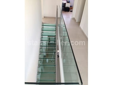 Self supporting glass and iron Open staircase STRAIGHT | Glass and iron Open staircase