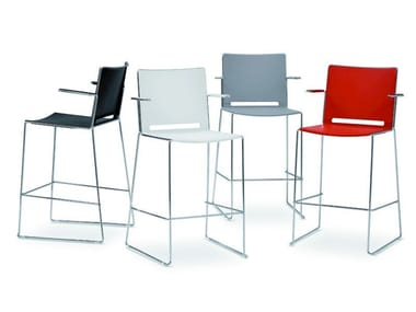 Polypropylene stool with armrests with back LAFILÒ PLASTIC | Stool with armrests