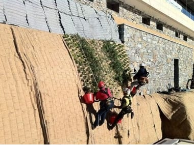 Roof garden system TERRE ARMATE