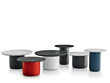 Lacquered round side table BUTTON TABLES