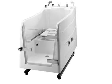 Badewanne aus GFK mit Tür mit integriertem WC 700 | Badewanne
