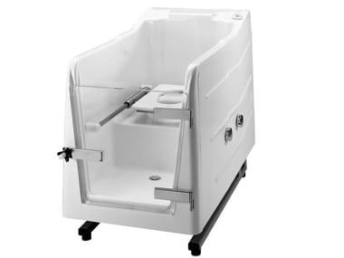 Wasserdichte Badewanne aus GFK mit Tür mit integriertem WC 700 | Wasserdichte Badewanne