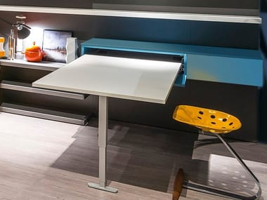 Lacquered pull-down Kids writing desk APP