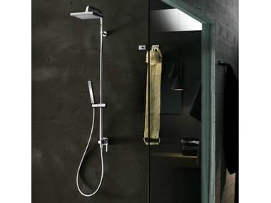 Colonna doccia a parete con soffione CUBE | Colonna doccia