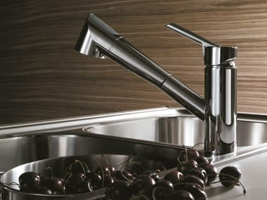 Chrome-plated 1 hole kitchen mixer tap with pull out spray OZ | Countertop kitchen mixer tap