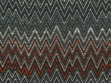 Fabric with graphic pattern ZIG ZAG