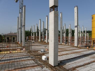 Mixed steel-concrete beam and column Pilastro