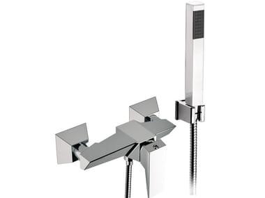 Mitigeur de baignoire mural chromé en métal de style contemporain avec douchette SPEED | Mitigeur de douche avec douchette