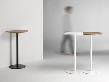 Lacquered round MDF high table CORT | High table