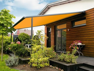 Box motorized awning with guide system MARKILUX PERGOLA 110-110 TRACFIX
