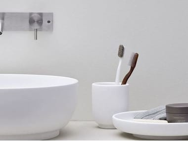 Korakril™ toothbrush holder JAPAN | Korakril™ toothbrush holder