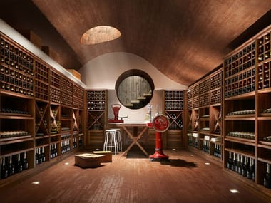 Walnut wine storage LA CANTINA
