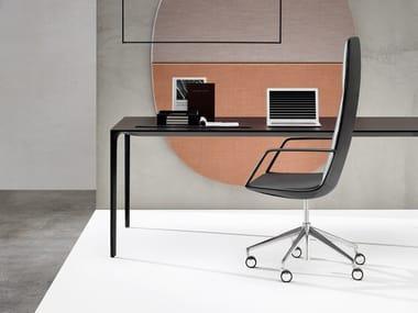 Poltrona ufficio direzionale con braccioli con ruote con schienale medio CATIFA SENSIT | Poltrona ufficio direzionale con braccioli