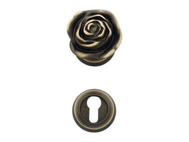 Classic style brass door knob ROSE | Pomolo per porta con serratura