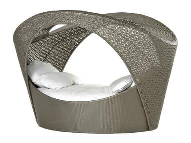 Alcova con rivestimento in fibra sintetica intrecciata ALTEA | Letto da giardino