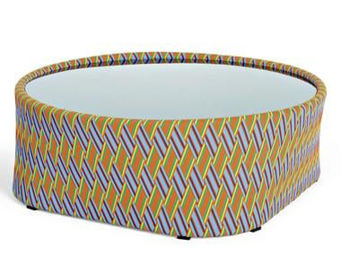 Tavolino rotondo in fibra sintetica e piano in vetro KENTE | Tavolino