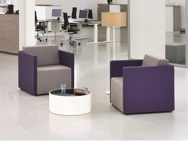Poltroncina con braccioli per contract NET.WORK.PLACE