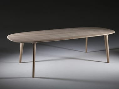 Oval wooden table LUC