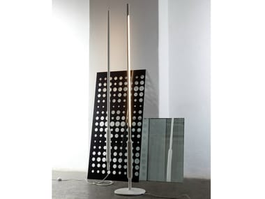 Fluorescent aluminium floor lamp SLIM | Floor lamp