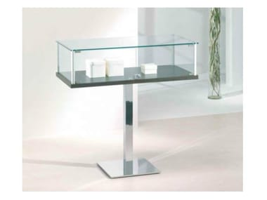 Floor-standing retail display case VE1/PF | Retail display case