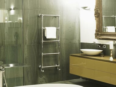 Wall-mounted cast iron towel warmer MAGELLAN
