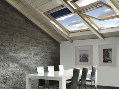 Centre-pivot laminated wood roof window STYLE