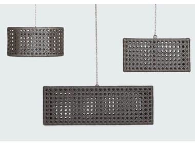 Lampada a sospensione per esterno fatta a mano in materiale sintetico WEZEN | Lampada a sospensione per esterno