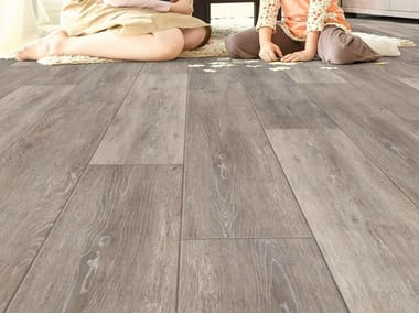 Resilient LVT flooring with wood effect iD ESSENTIAL 30