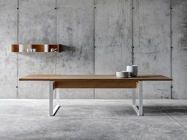 Rectangular wooden dining table LA PUNT