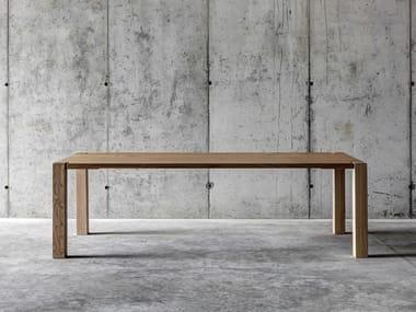 Tavolo rettangolare in legno massello WF1