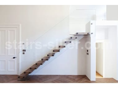 Self supporting straight glass cantilevered staircase MISTRAL | Solid wood cantilevered staircase