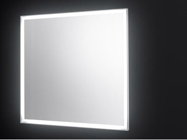 Square wall-mounted mirror with integrated lighting SP14 | Square mirror